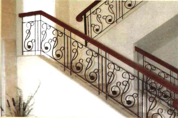 Pembuatan Model Railing Tangga Minimalis Modern Klasik