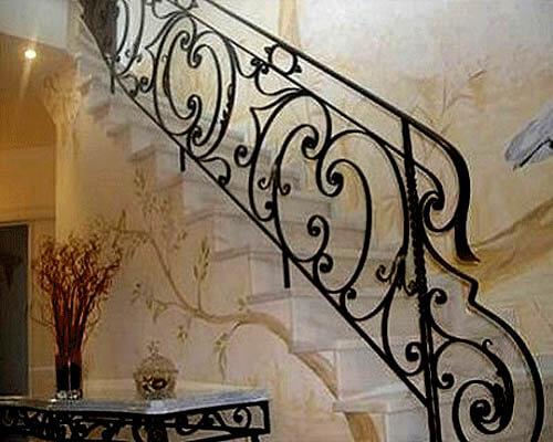 railing-tangga-klasik-unik