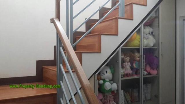 Rumah di Kotabaru Parahyangan Cluster Jingganagara-5